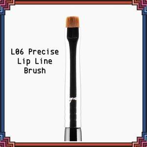 SIGMA BEAUTY L06 Precise Lip Liner Brush NEW